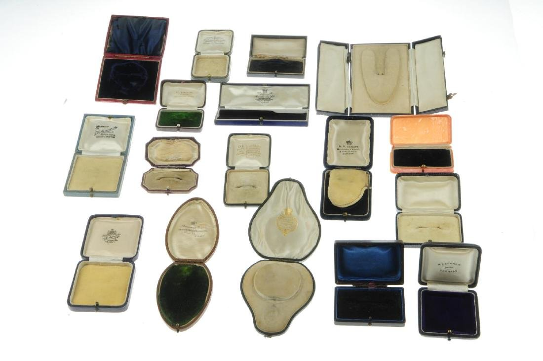 Thirty-two antique jewellery boxes. To include a - 6