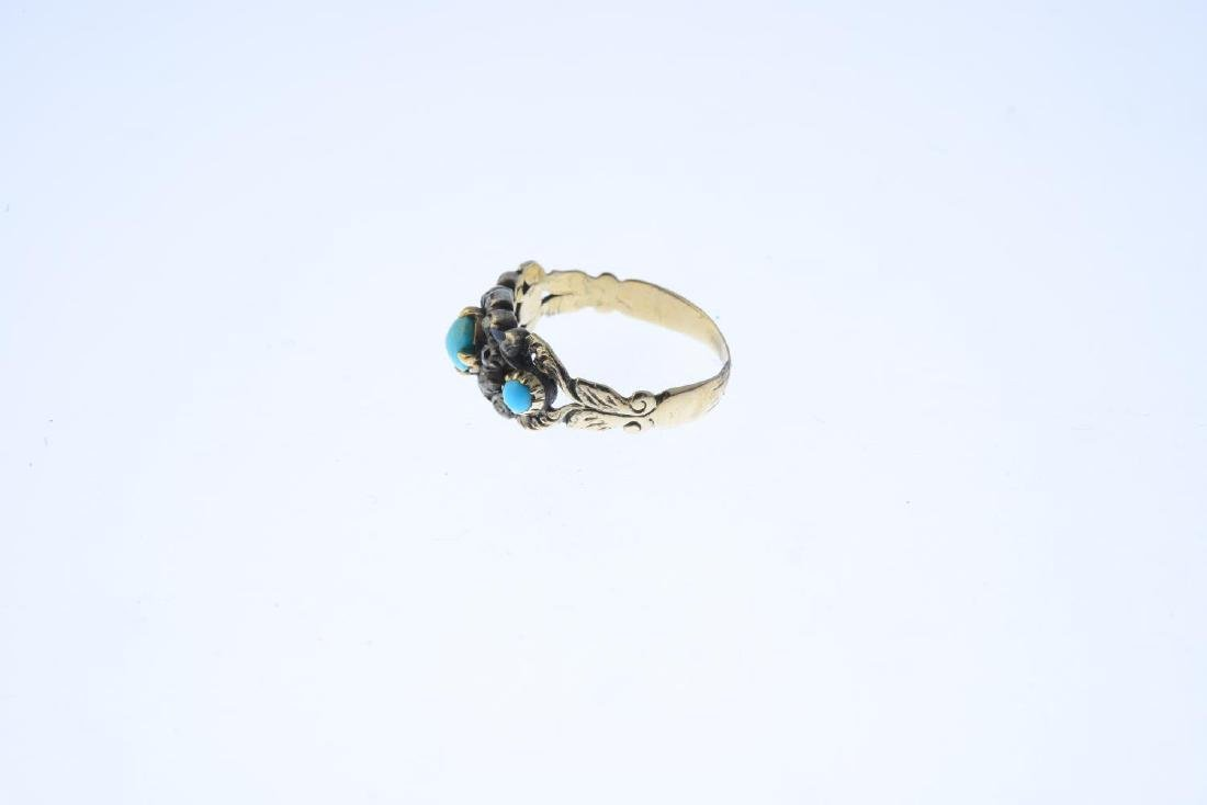 A late Georgian 9ct gold turquoise and diamond ring. Of - 2