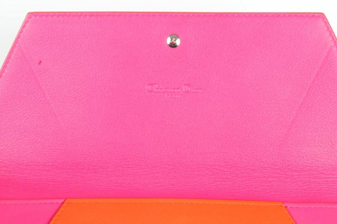 CHRISTIAN DIOR - a leather envelope clutch. Crafted - 4