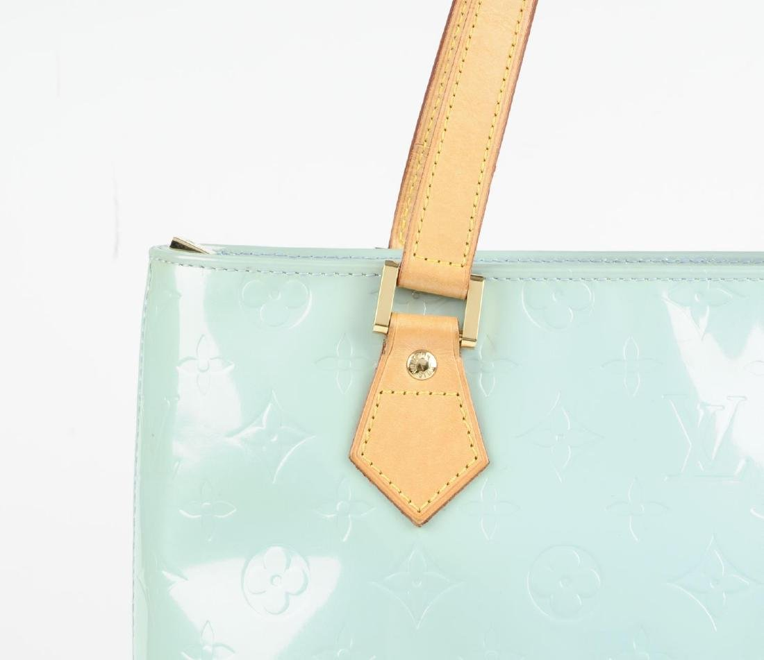 LOUIS VUITTON - a blue Vernis Houston handbag. - 3