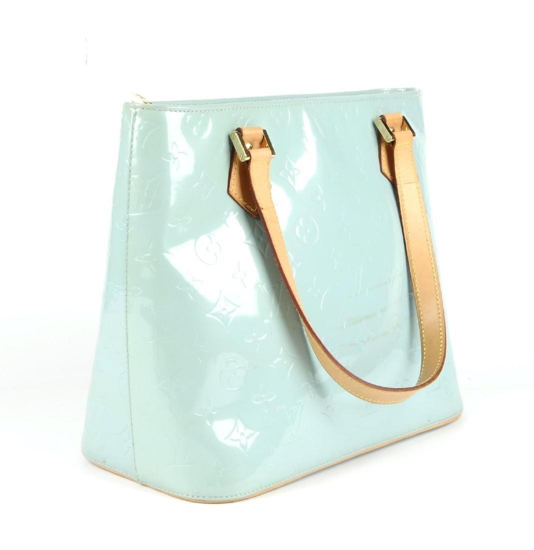 LOUIS VUITTON - a blue Vernis Houston handbag. - 4