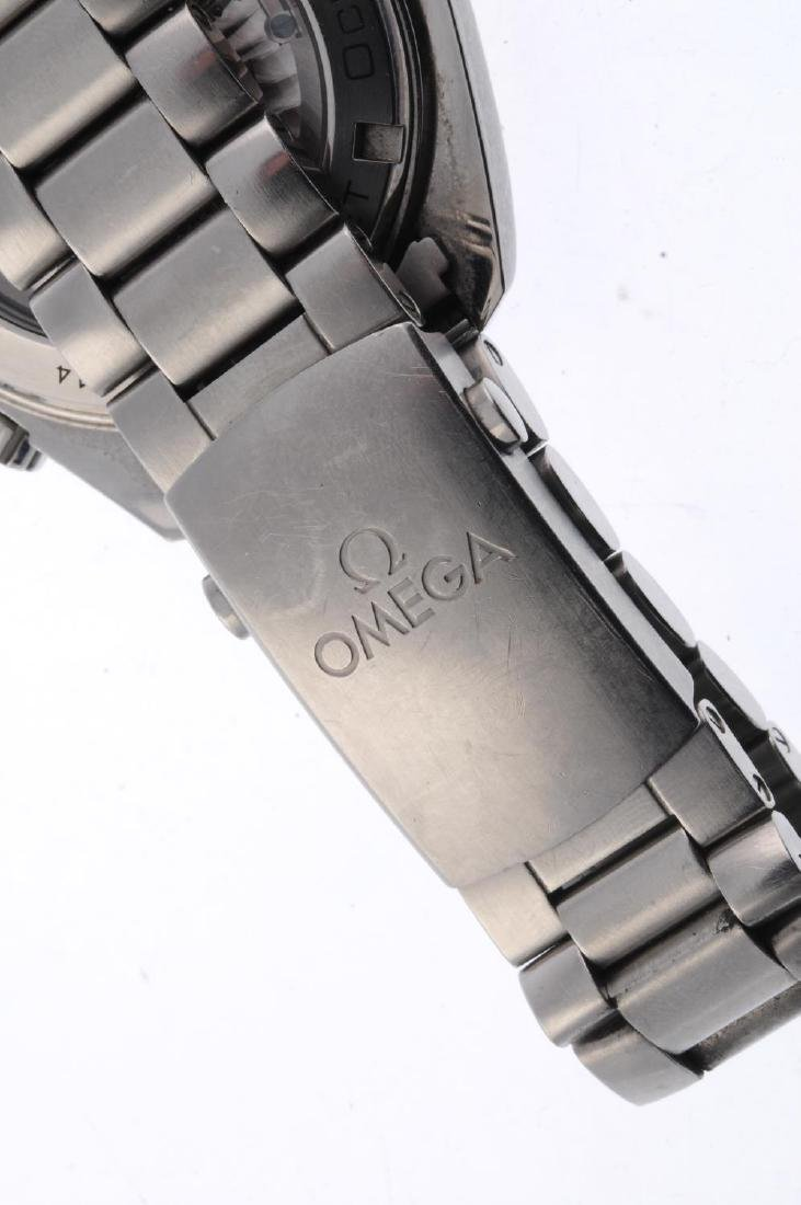 OMEGA - a gentleman's Seamaster Professional Planet - 2