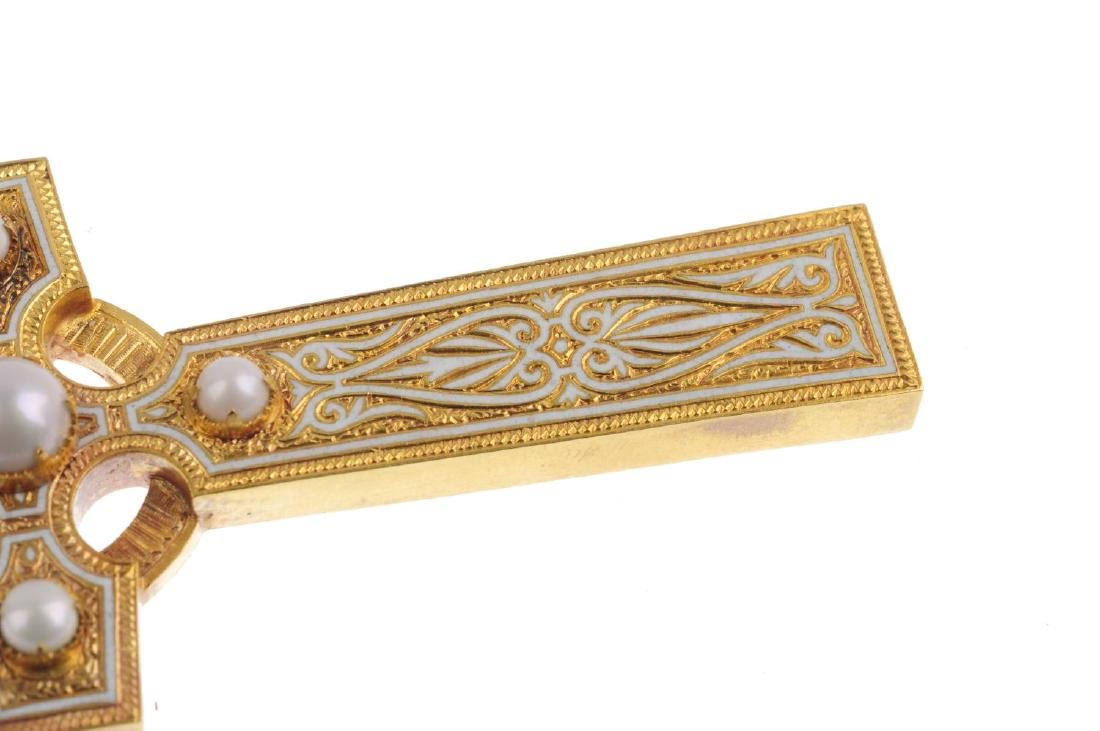 A late Victorian 18ct gold, enamel and split pearl - 3