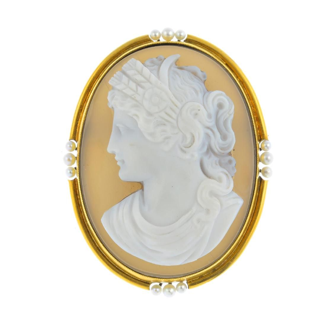 A late Victorian gold agate cameo and seed pearl