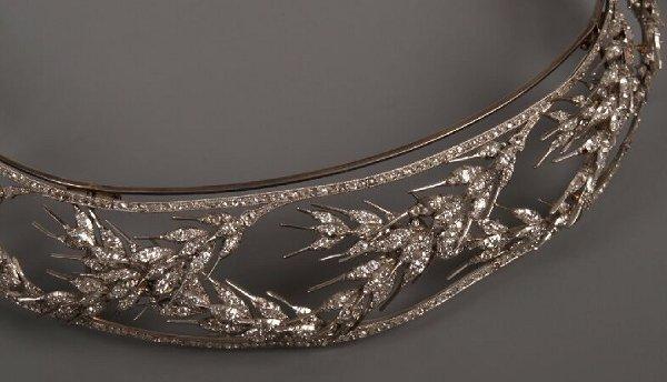 18: Early 20th century diamond set tiara of a classical