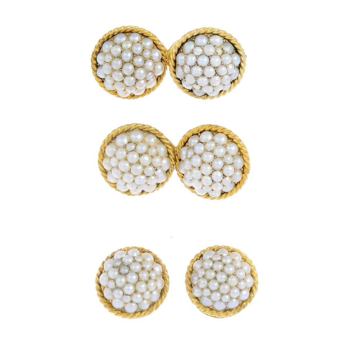 A gentlemen's seed pearl dress set. To include a pair