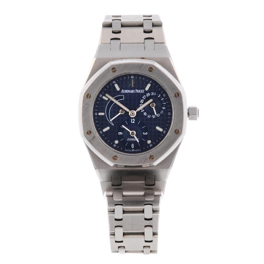 AUDEMARS PIGUET - a mid-size Royal Oak bracelet watch.