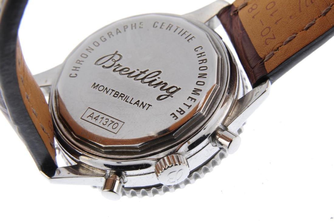 BREITLING - a gentleman's Navitimer Montbrillant - 3