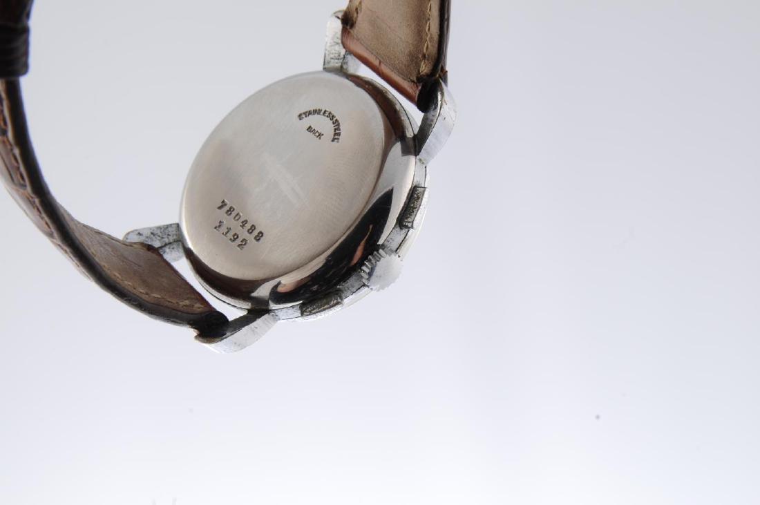 BREITLING - a gentleman's chronograph wrist watch. - 2