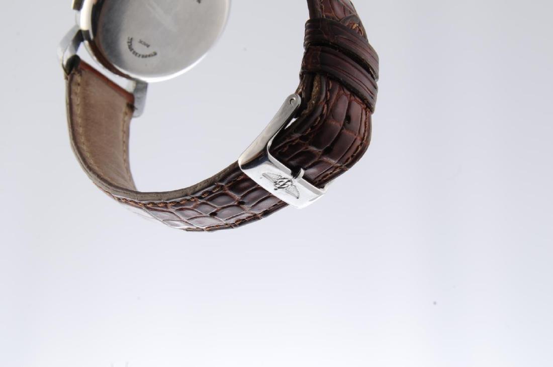BREITLING - a gentleman's chronograph wrist watch. - 4