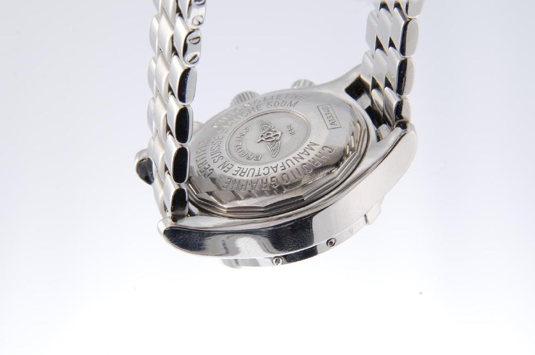 BREITLING - a gentleman's SuperOcean chronograph - 3