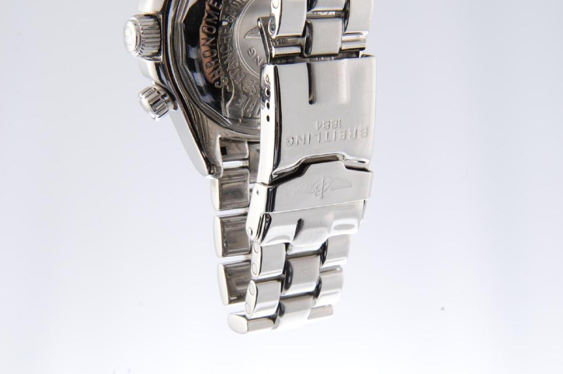 BREITLING - a gentleman's SuperOcean chronograph - 4