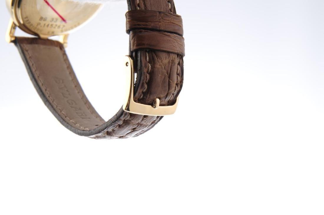 BULGARI - a mid-size wrist watch. 18ct yellow gold - 4