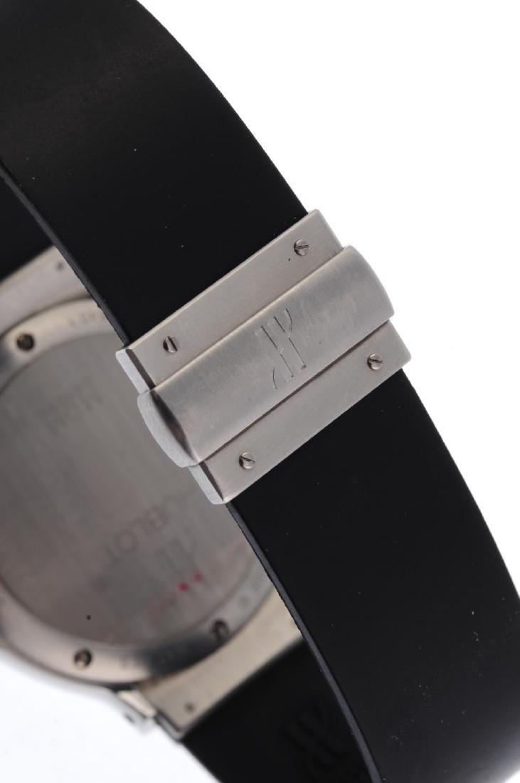 HUBLOT - a MDM chronograph wrist watch. Stainless steel - 2
