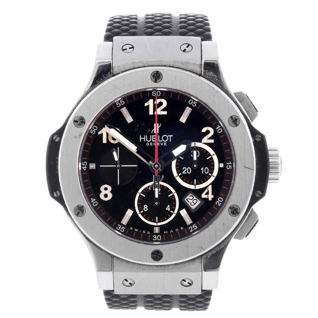 HUBLOT - a gentleman's Big Bang chronograph wrist