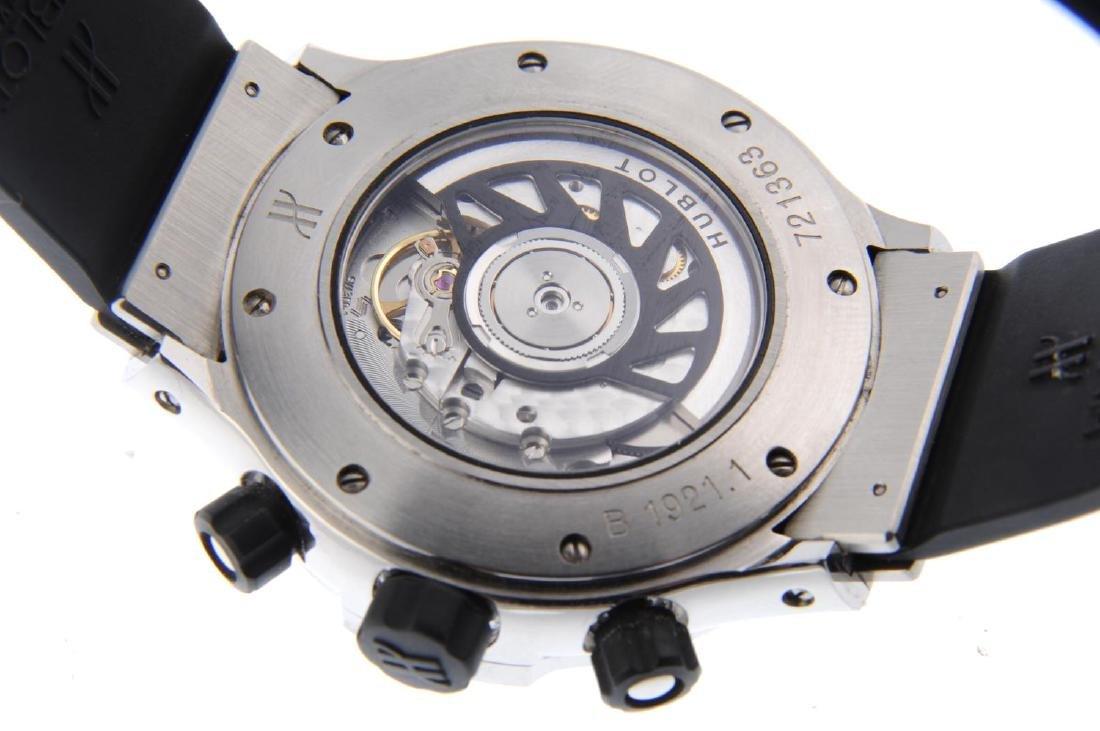 HUBLOT - a gentleman's Super B chronograph wrist watch. - 3