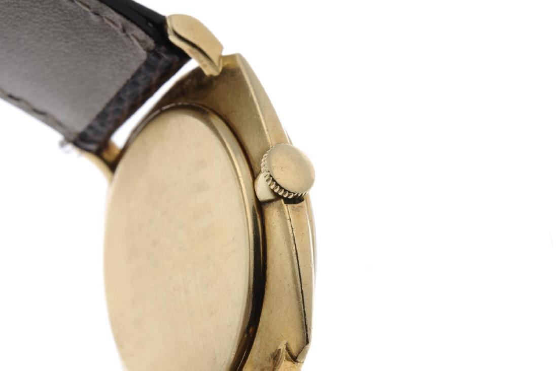 IWC - a gentleman's wrist watch. Yellow metal case, - 2
