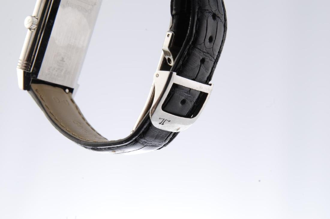 JAEGER-LECOULTRE - a mid-size Reverso wrist watch. - 4