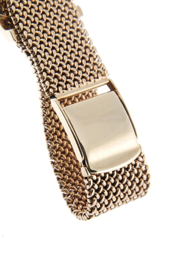 JAEGER-LECOULTRE - a gentleman's bracelet watch. 9ct - 2