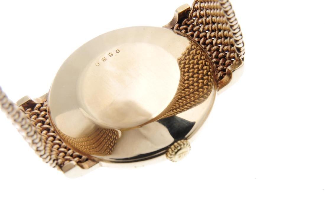 JAEGER-LECOULTRE - a gentleman's bracelet watch. 9ct - 3
