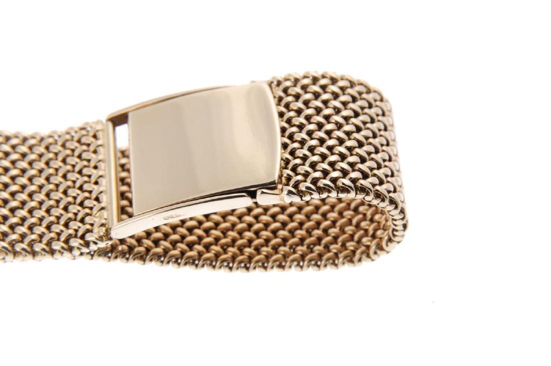JAEGER-LECOULTRE - a lady's bracelet watch. 9ct yellow - 2