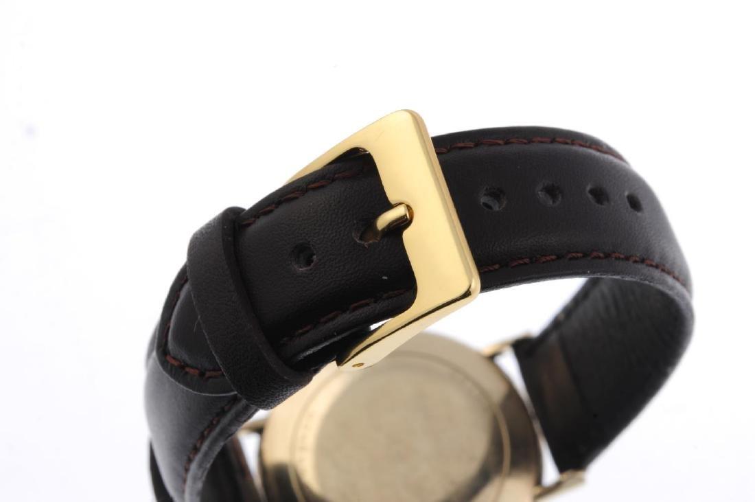 LONGINES - a gentleman's Ultra-Chron wrist watch. Gold - 2