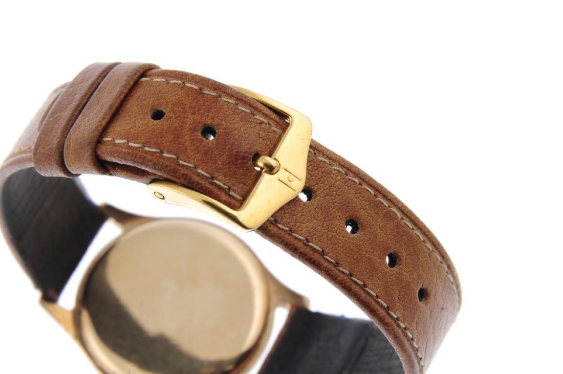 LONGINES - a gentleman's wrist watch. 9ct yellow gold - 2