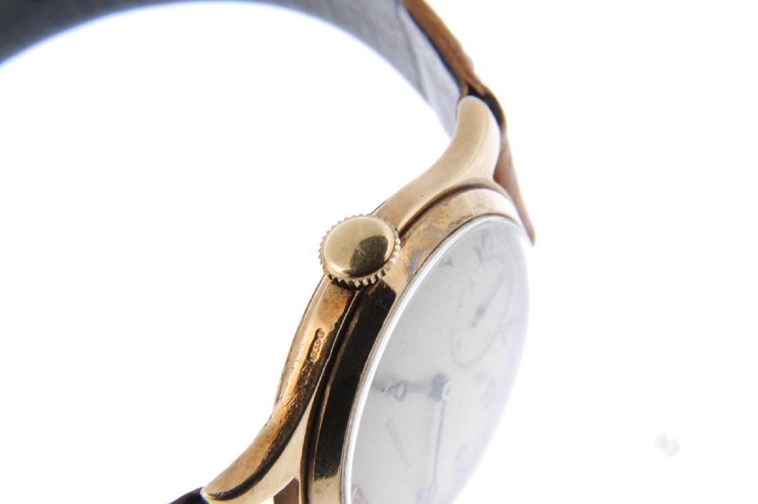 LONGINES - a gentleman's wrist watch. 9ct yellow gold - 4