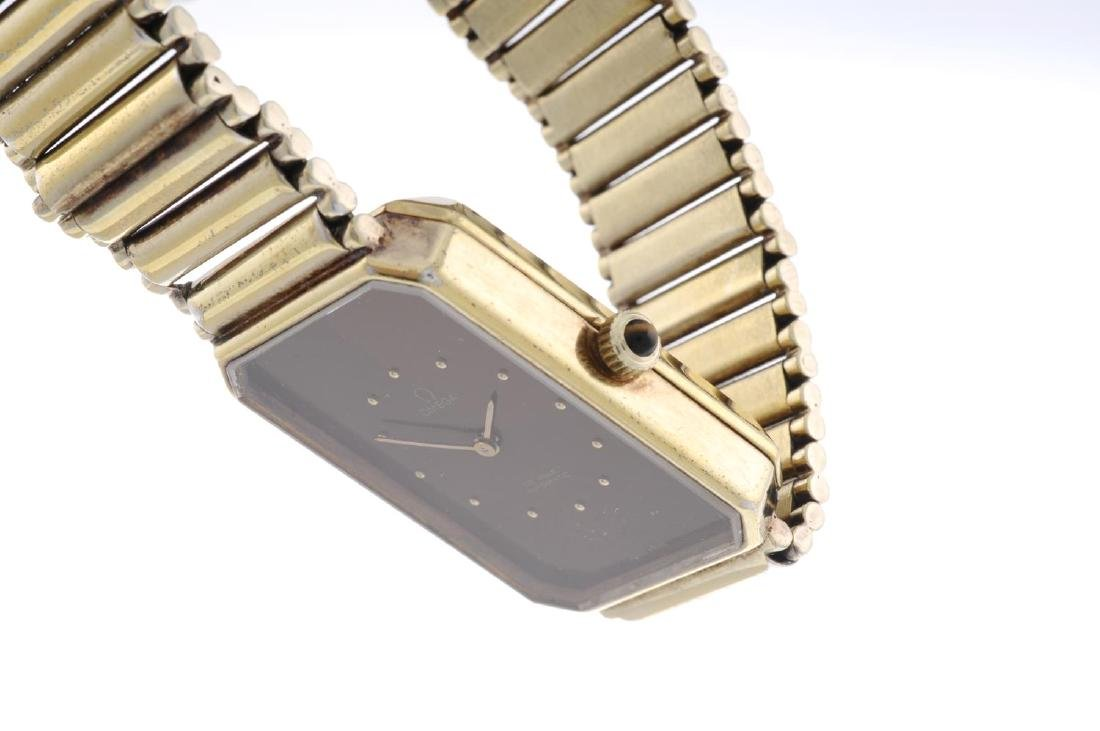 OMEGA - a gentleman's De Ville bracelet watch. Gold - 3