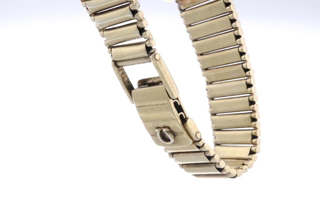 OMEGA - a gentleman's De Ville bracelet watch. Gold - 4