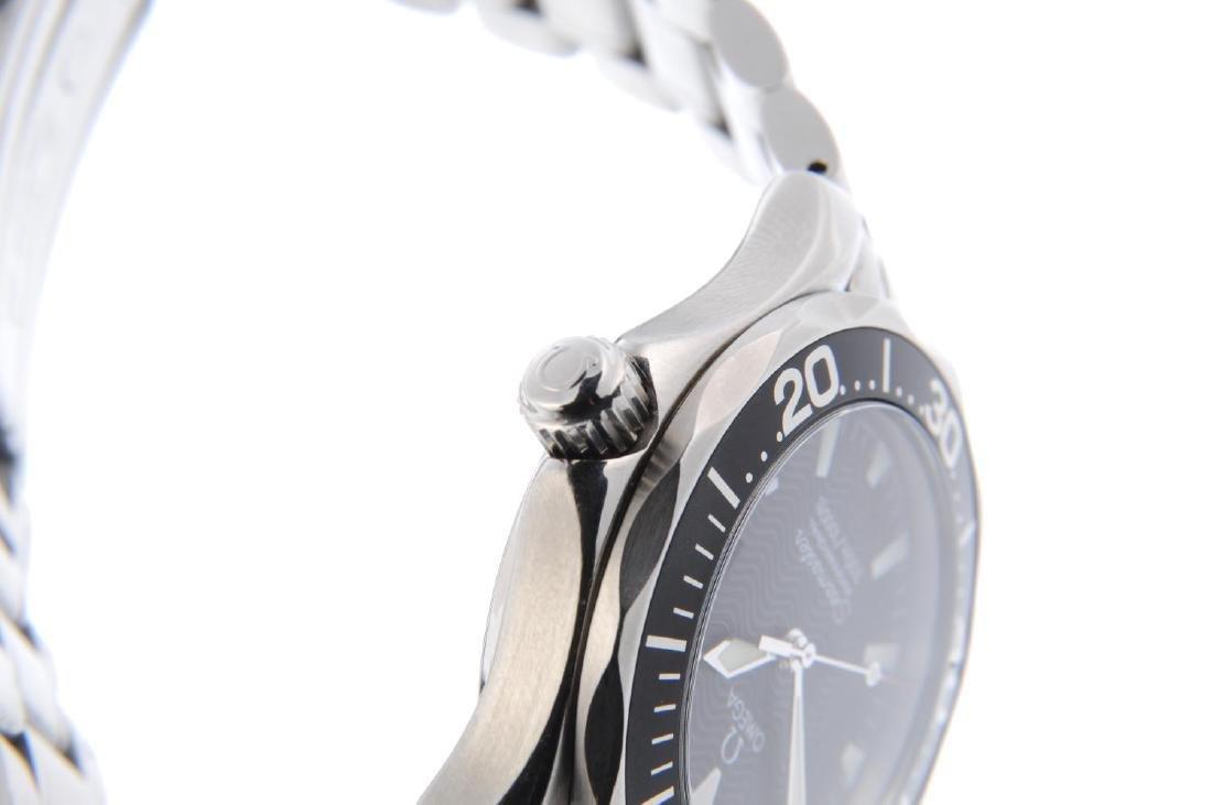 OMEGA - mid-size Seamaster Professional 300M bracelet - 4