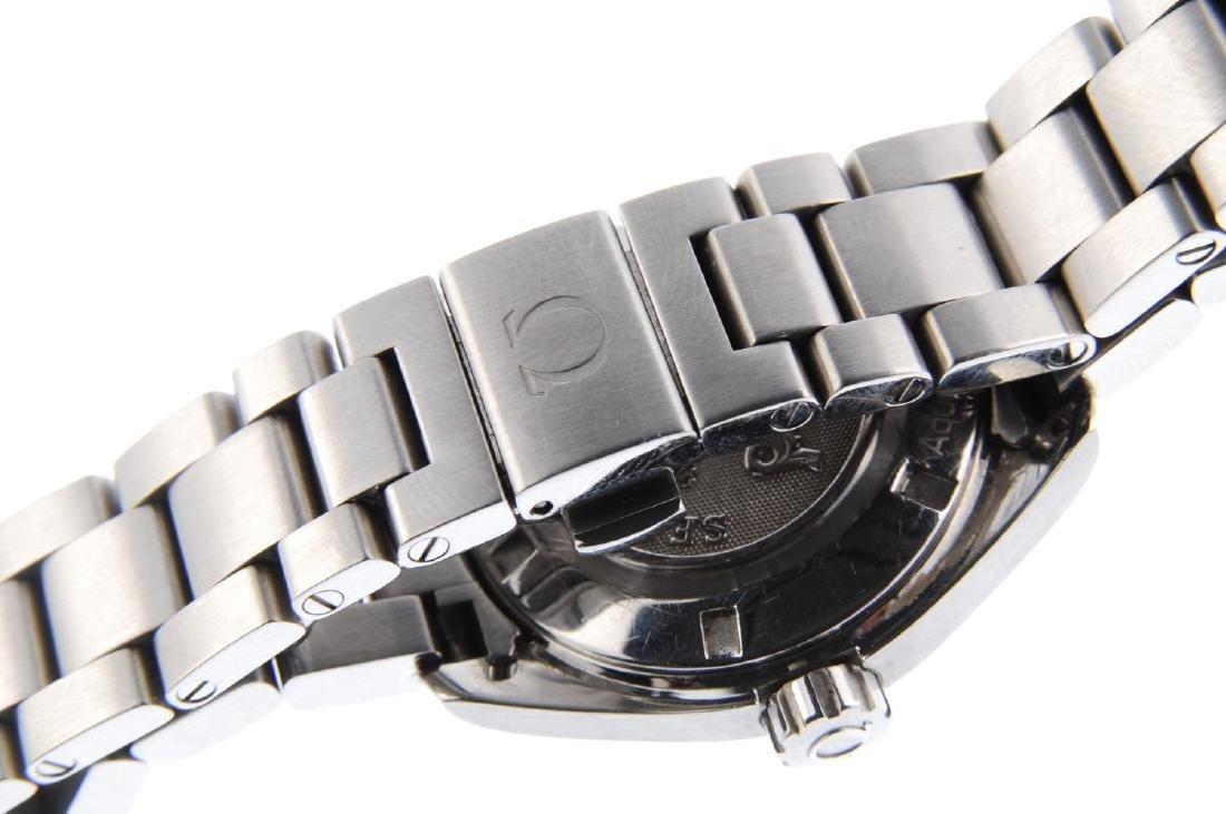 OMEGA - a lady's Seamaster Aqua Terra bracelet watch. - 2