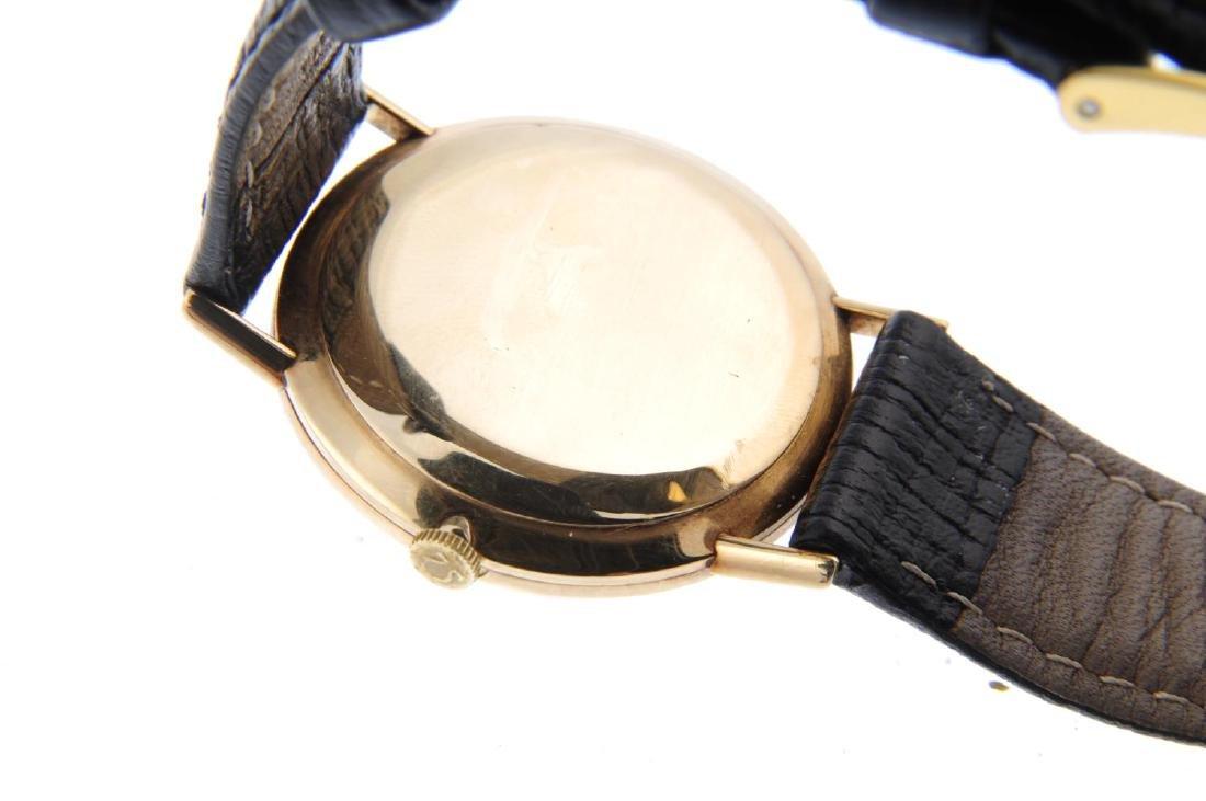 OMEGA - a gentleman's wrist watch. 9ct yellow gold - 3