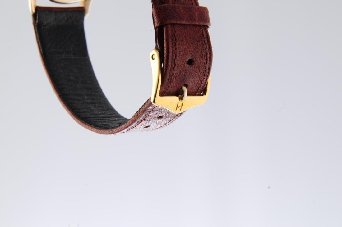 OMEGA - a gentleman's wrist watch. 9ct yellow gold - 4