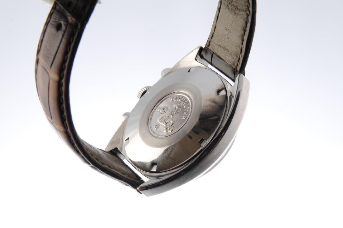 OMEGA - a gentleman's Seamaster chronograph wrist - 3