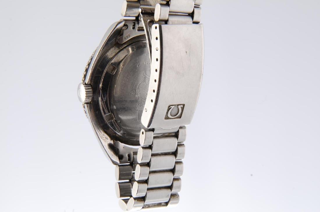 OMEGA - a gentleman's Seamaster 300 bracelet watch. - 4