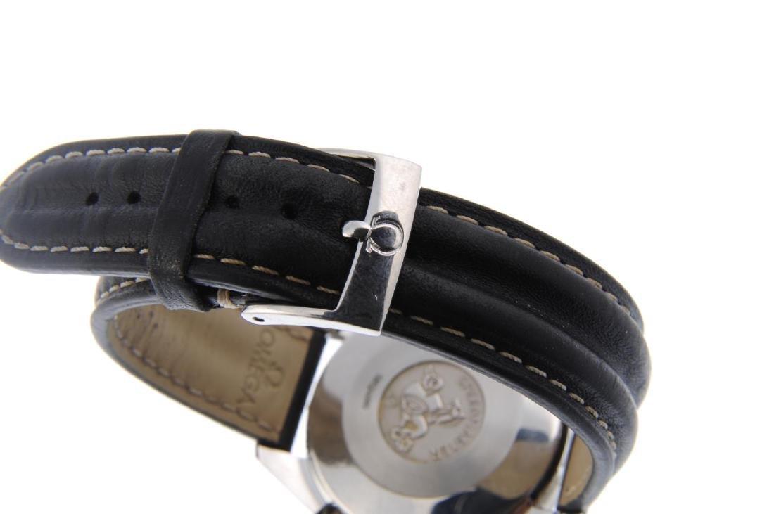 OMEGA - a gentleman's Speedmaster chronograph wrist - 2