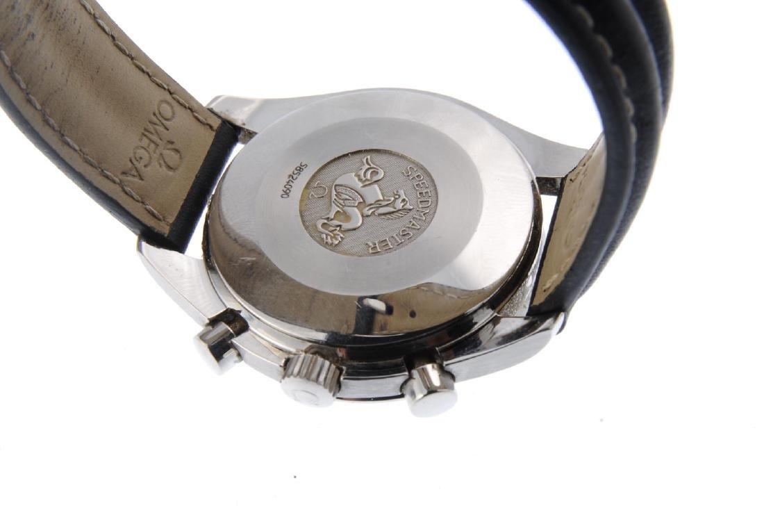 OMEGA - a gentleman's Speedmaster chronograph wrist - 3