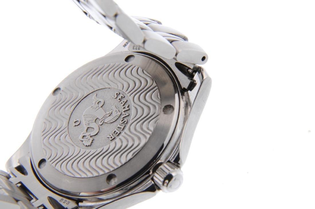 OMEGA - a gentleman's Seamaster 120M bracelet watch. - 3