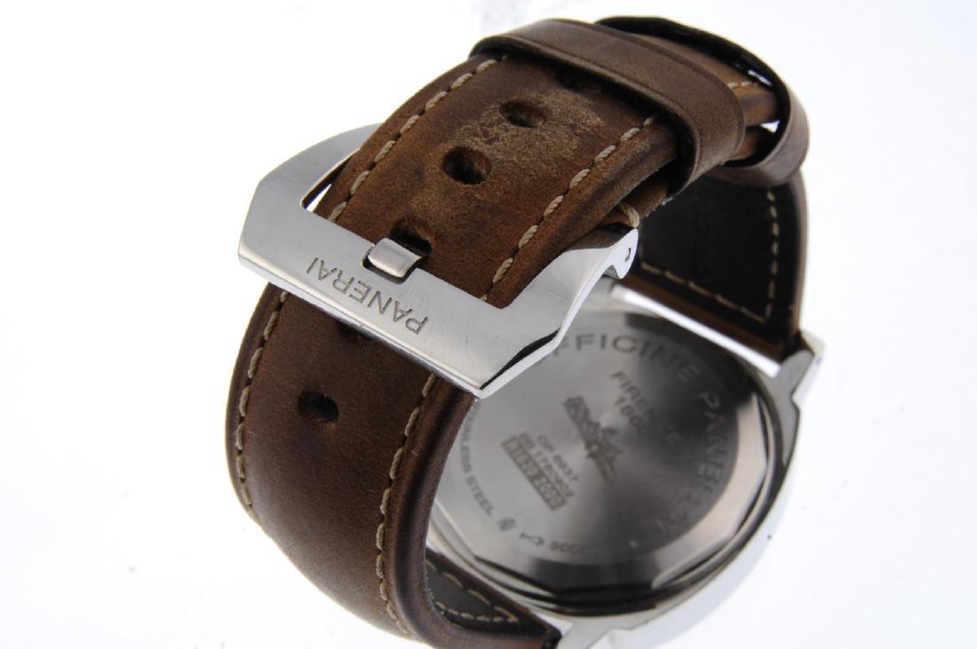 PANERAI - a gentleman's Luminor 8 Days wrist watch. - 2