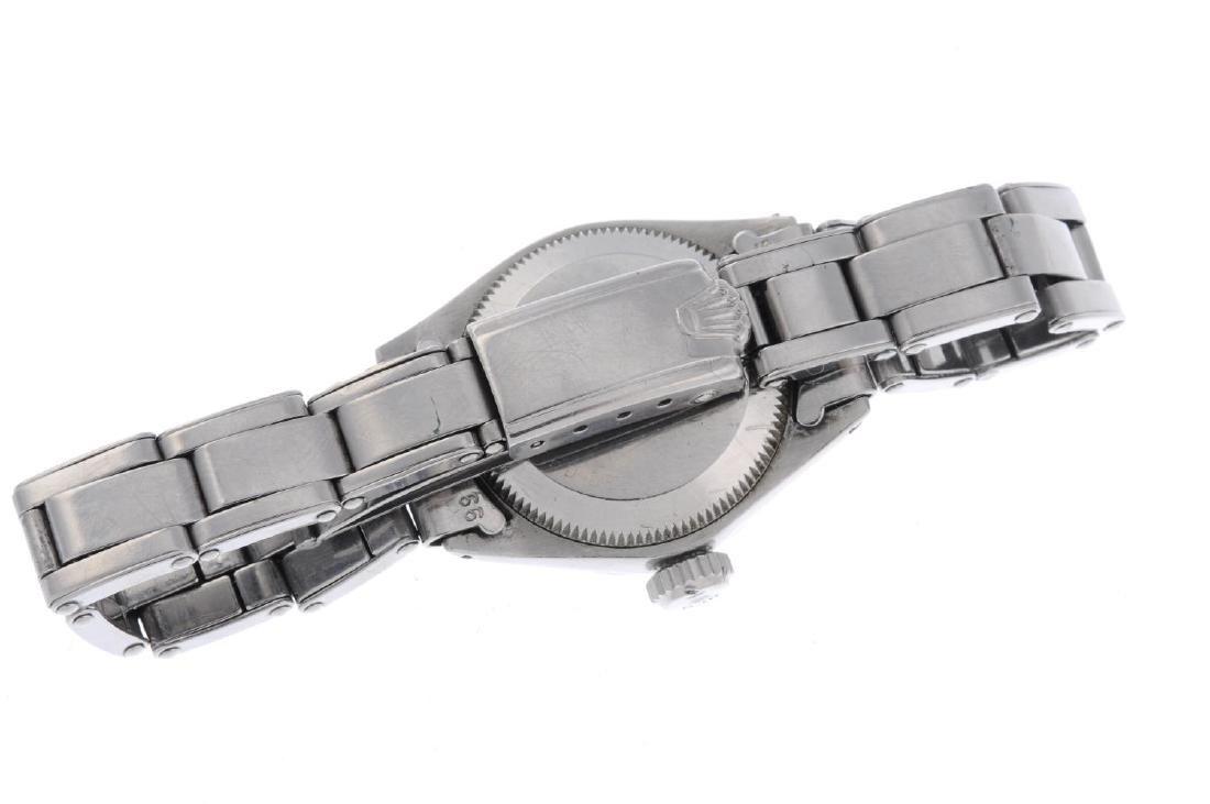 ROLEX - a lady's Oyster Perpetual Date bracelet watch. - 3