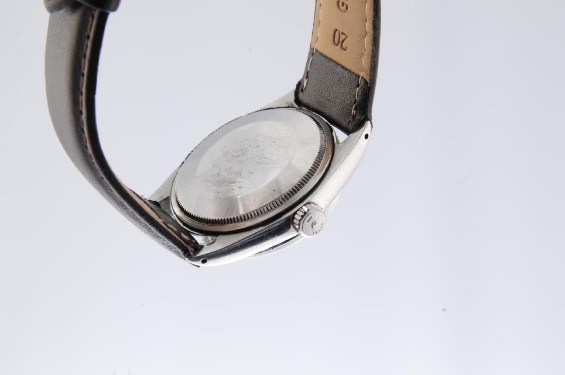 ROLEX - a gentleman's Oyster Perpetual Date wrist - 2