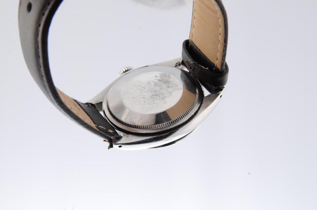 ROLEX - a gentleman's Oyster Perpetual Date wrist - 3