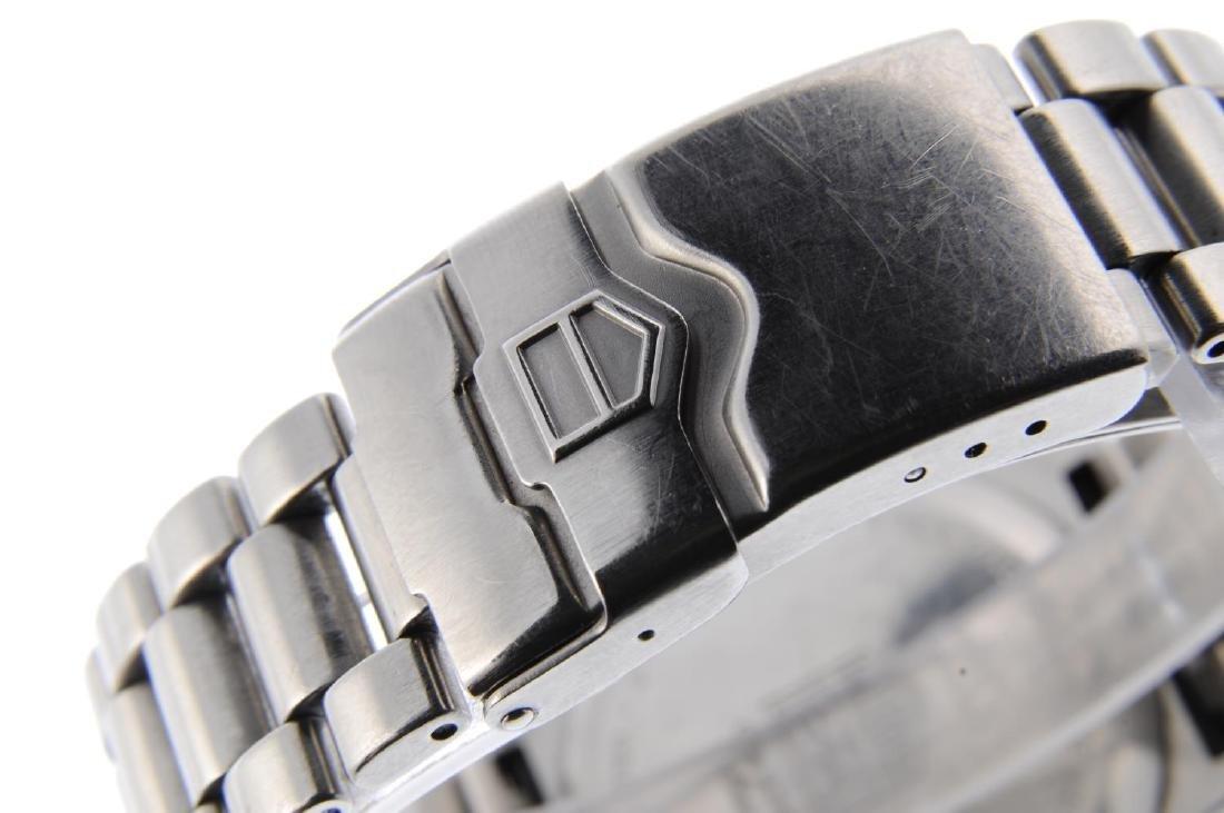 TAG HEUER - a gentleman's Formula 1 chronograph - 2