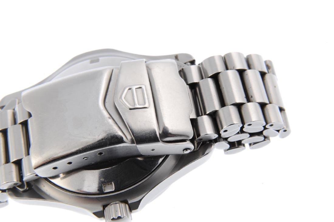 TAG HEUER - a gentleman's 2000 Series bracelet watch. - 2