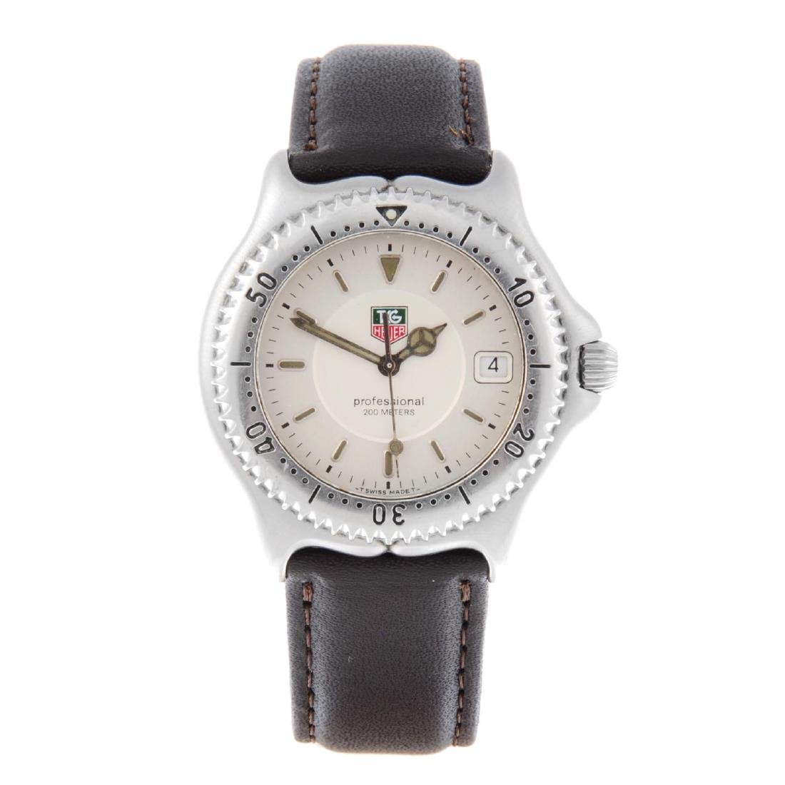 TAG HEUER - a gentleman's S/el Series wrist watch.