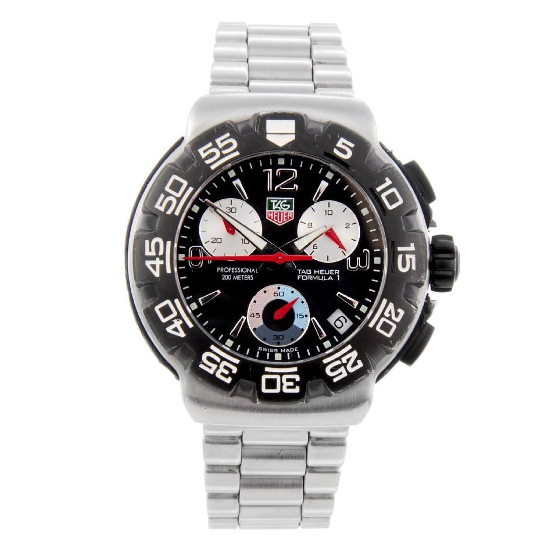 TAG HEUER - a gentleman's Formula 1 chronograph