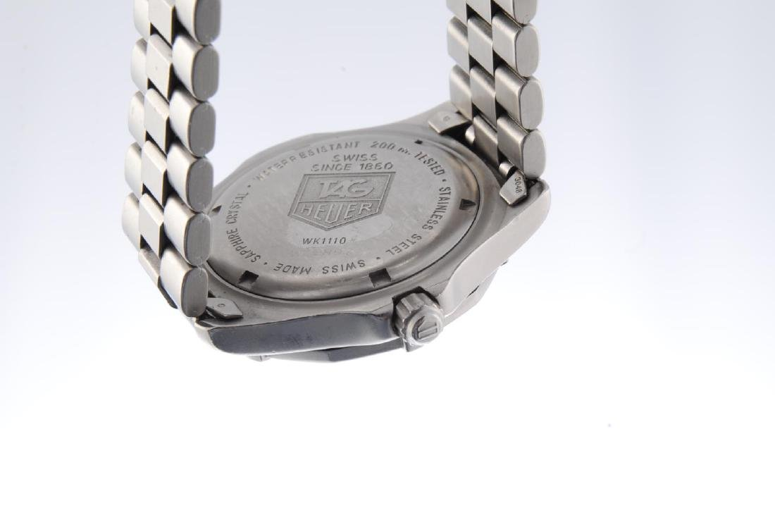 TAG HEUER - a gentleman's 2000 Series bracelet watch. - 3