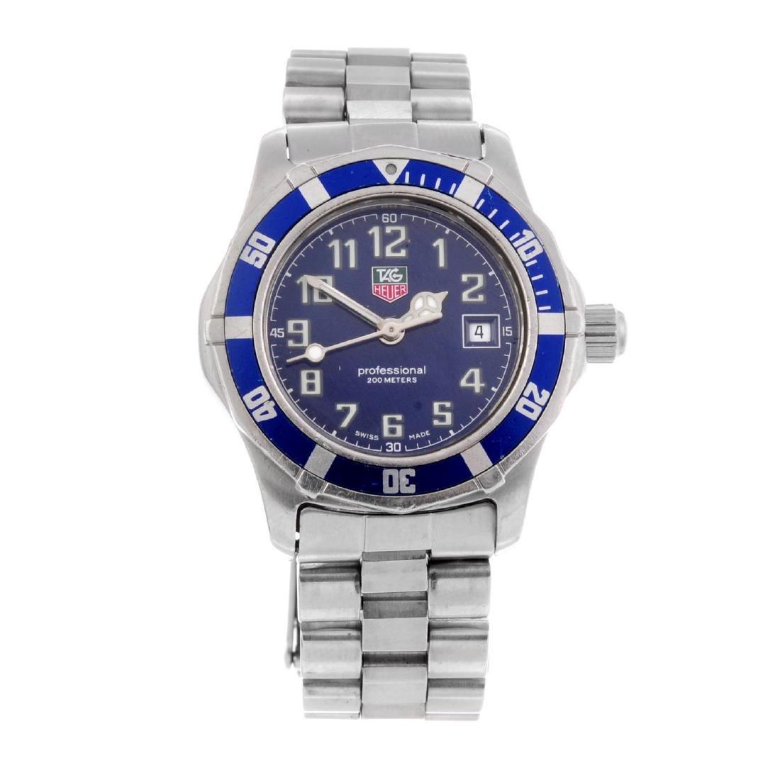 TAG HEUER - a lady's 2000 Sport series bracelet watch.