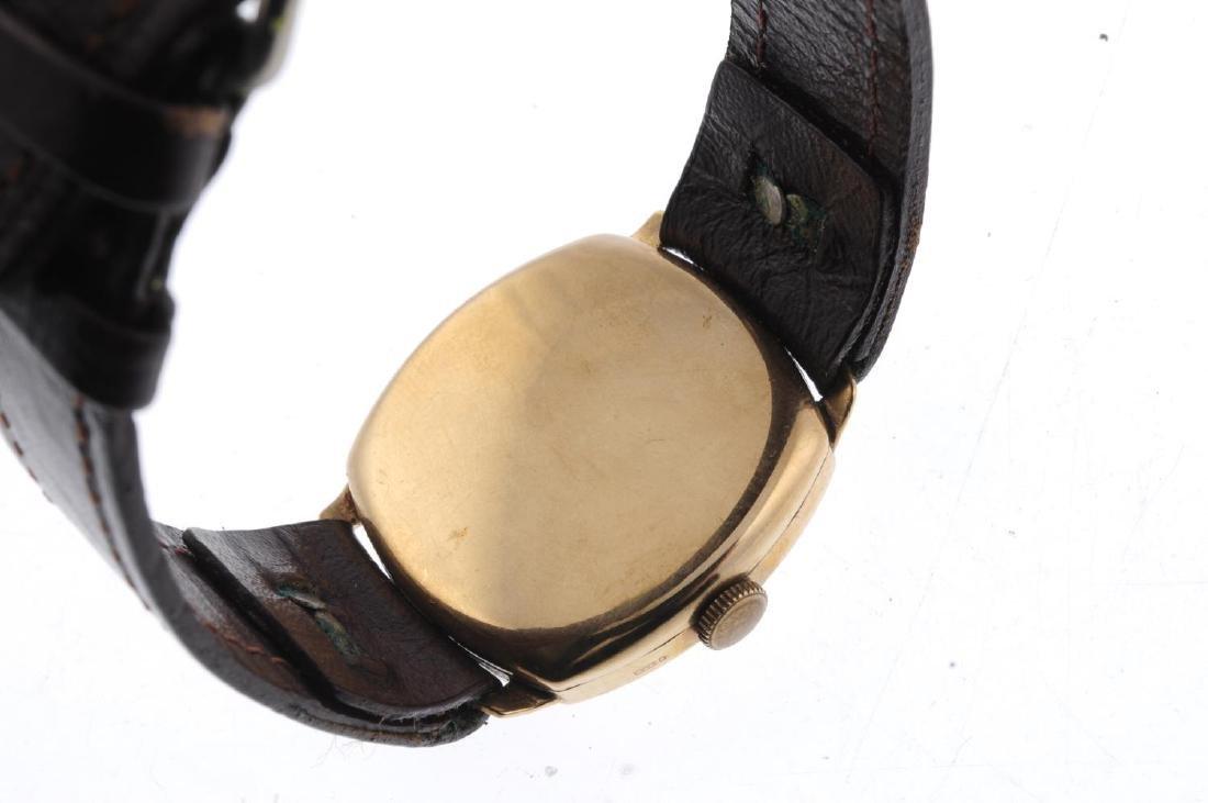 TUDOR - a gentleman's wrist watch. 9ct yellow gold - 2